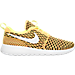 Right view of Women's Nike Roshe One Flyknit Casual Shoes in