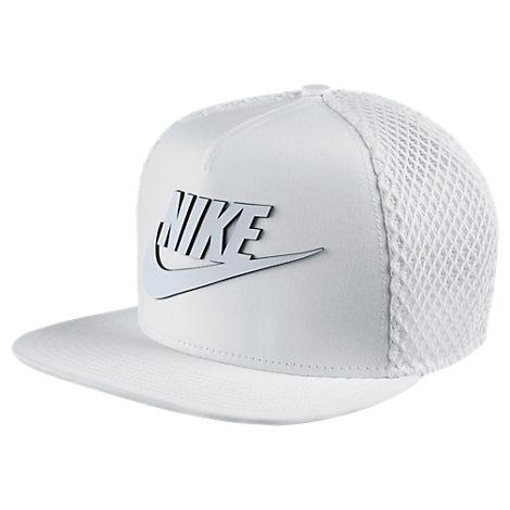 Nike Seasonal Mesh Pro Adjustable Hat