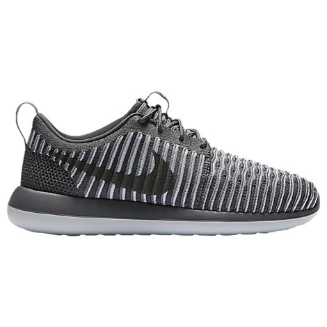 online retailer 76d38 d8ded Nike Womens Roshe Two Flyknit Casual Shoes, Grey