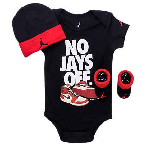 Infant Jordan No Jays Off 3-Piece Set
