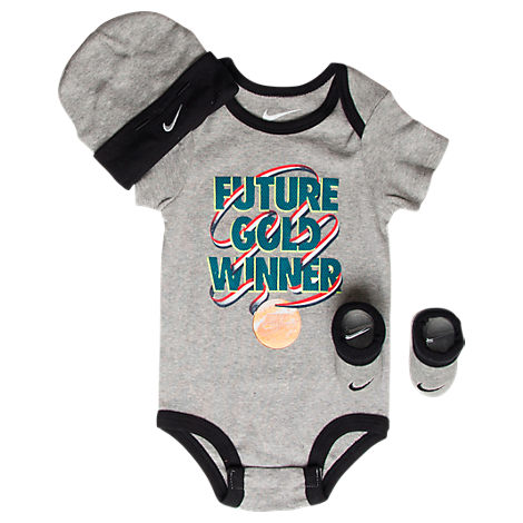Infant Nike Future Gold Winner 3-Piece Set