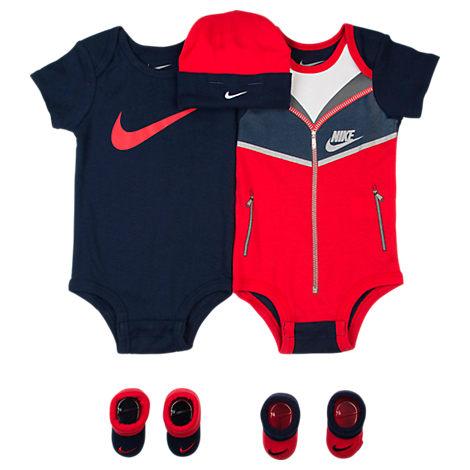 Infant Nike Swoosh Windrunner 5-Piece Set