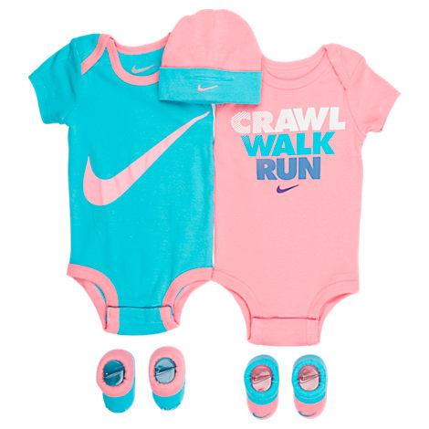 Infant Nike Crawl Walk Run 5-Piece Set