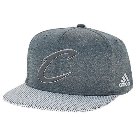 adidas Cleveland Cavaliers NBA Textured Visor Snapback Hat