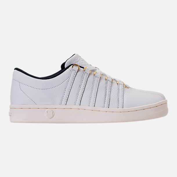 Right view of Men's K-Swiss Classic 88 x Carrots Casual Shoes in White/Black