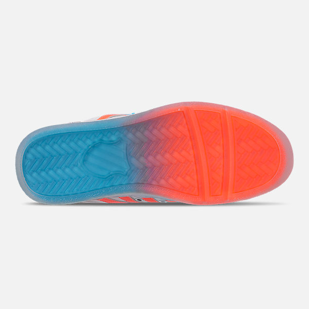 Bottom view of Men's K-Swiss Classic VN Tonal Casual Shoes in White/Aquarious/Neon Blaze