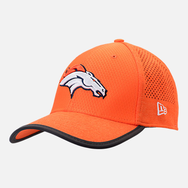 Front view of New Era Denver Broncos NFL Training Mesh 39THIRTY Flex Hat in Team Colors