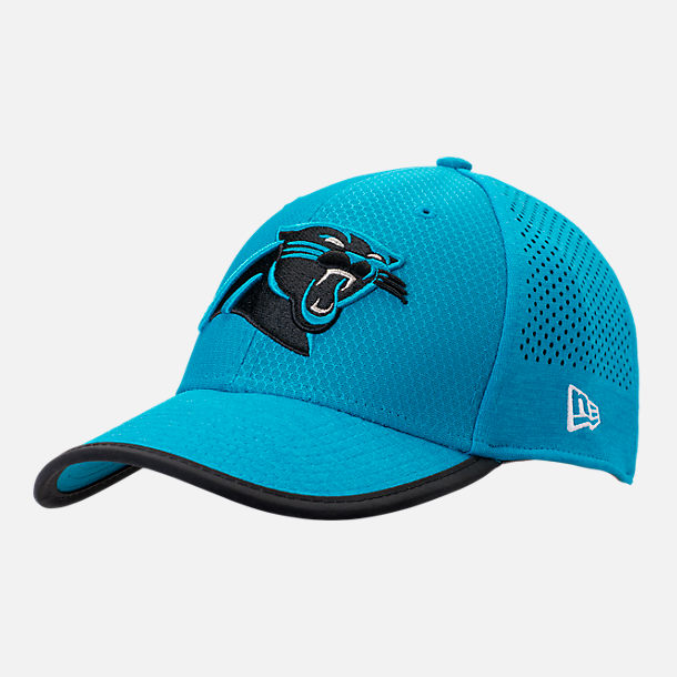 Front view of New Era Carolina Panthers NFL Training Mesh 39THIRTY Flex Hat in Team Colors