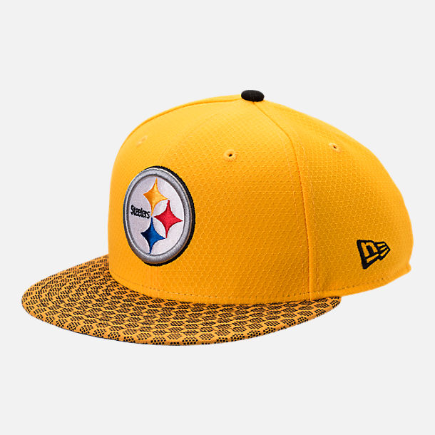 Front view of New Era Pittsburgh Steelers NFL Sideline 9FIFTY Snapback Hat in Team Colors