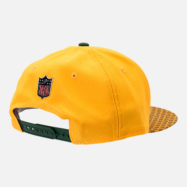 Back view of New Era Green Bay Packers NFL Sideline 9FIFTY Snapback Hat in Team Colors