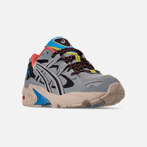 Three Quarter view of Men's Asics GEL-Kayano 5 OG Casual Shoes in Grey/Multi