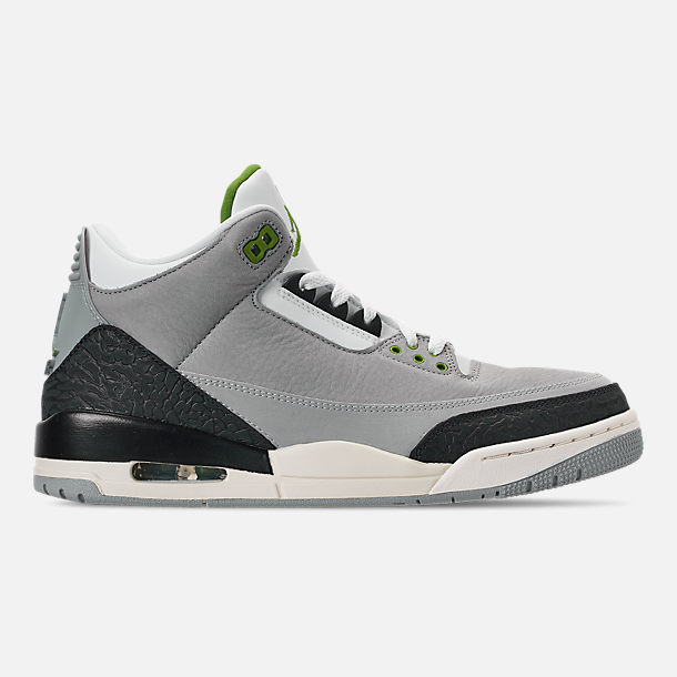 Right view of Men s Air Jordan Retro 3 Basketball Shoes in Light Smoke  Grey Chlorophyll c452c56aa