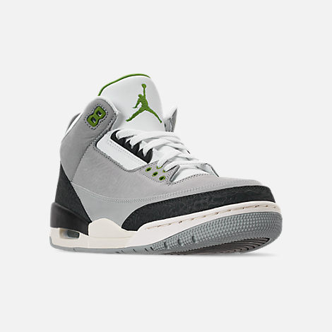 Three Quarter view of Men's Air Jordan Retro 3 Basketball Shoes in Light Smoke Grey/Chlorophyll/Black