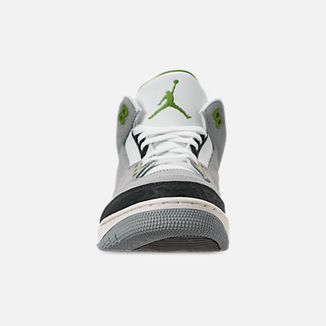 Front view of Men's Air Jordan Retro 3 Basketball Shoes in Light Smoke Grey/Chlorophyll/Black