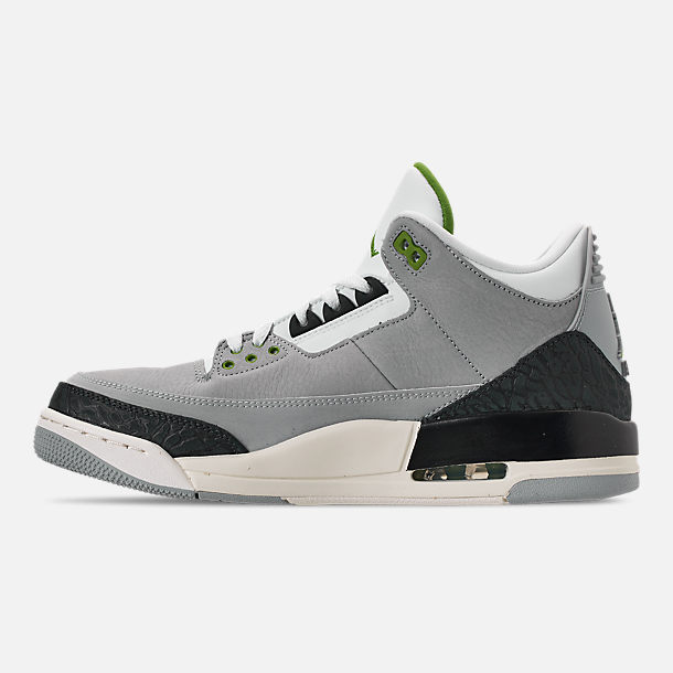 Left view of Men's Air Jordan Retro 3 Basketball Shoes in Light Smoke Grey/Chlorophyll/Black