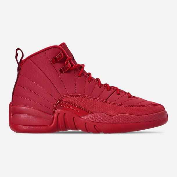 Right view of Big Kids' Air Jordan Retro 12 Basketball Shoes in Gym Red/Black