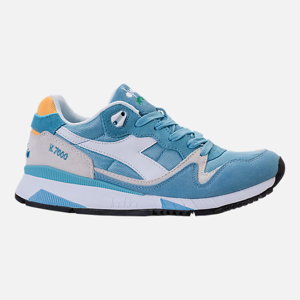 Right view of Unisex Diadora V7000 NYL II Casual Shoes in Light Blue/White/Yellow