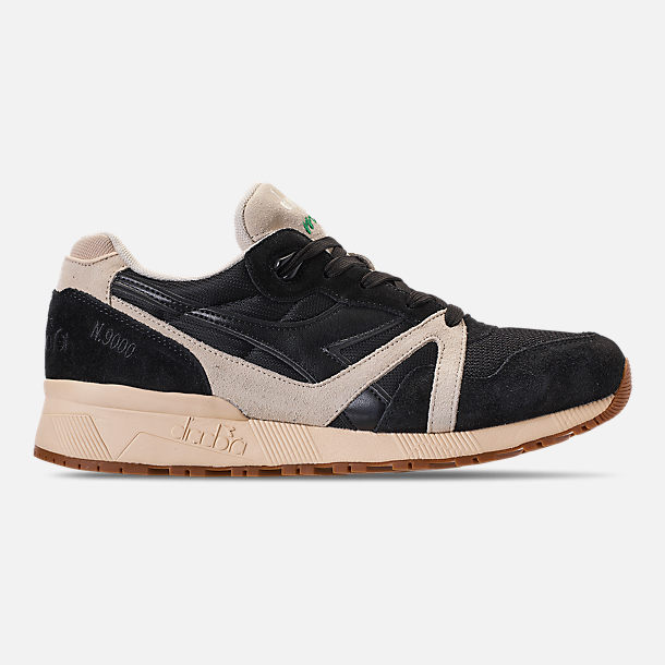 Right view of Unisex Diadora N9000 III Casual Shoes in Black/White/Off White