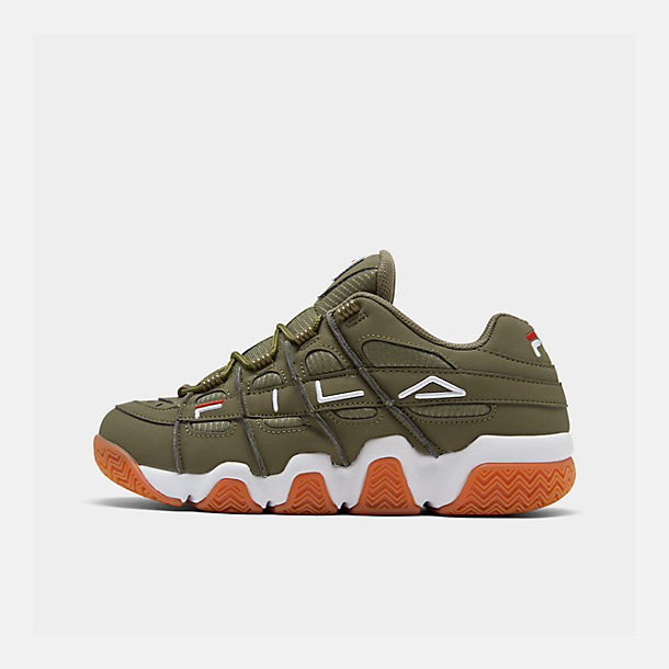 Right view of Men's Fila Barricade XT Low Gum Casual Shoes in Khaki Green/White