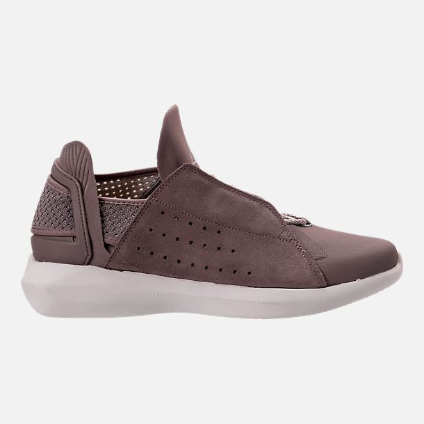 Right view of Men's BrandBlack Gambetto Off-Court Shoes in Mauve
