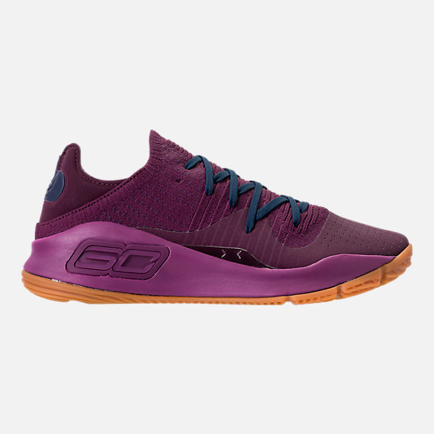 Right view of Men's Under Armour Curry 4 Low Basketball Shoes in Purple/Gum