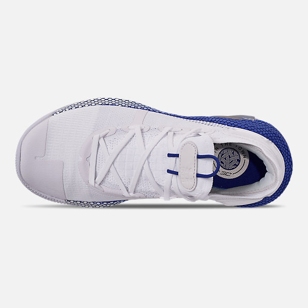 Top view of Men's Under Armour Curry 6 Basketball Shoes in White/Royal/White