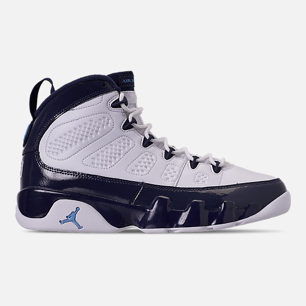 Right view of Men's Air Jordan 9 Retro Basketball Shoes in White/University Blue/Midnight Navy