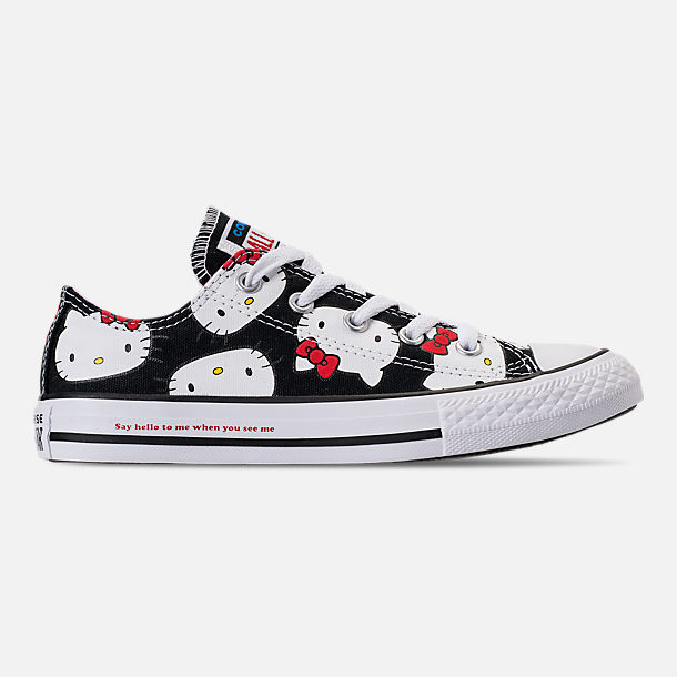 Right view of Girls' Little Kids' Converse Chuck Taylor All Star Hello Kitty Ox Casual Shoes in Black/Pink Prism - Hello Kitty