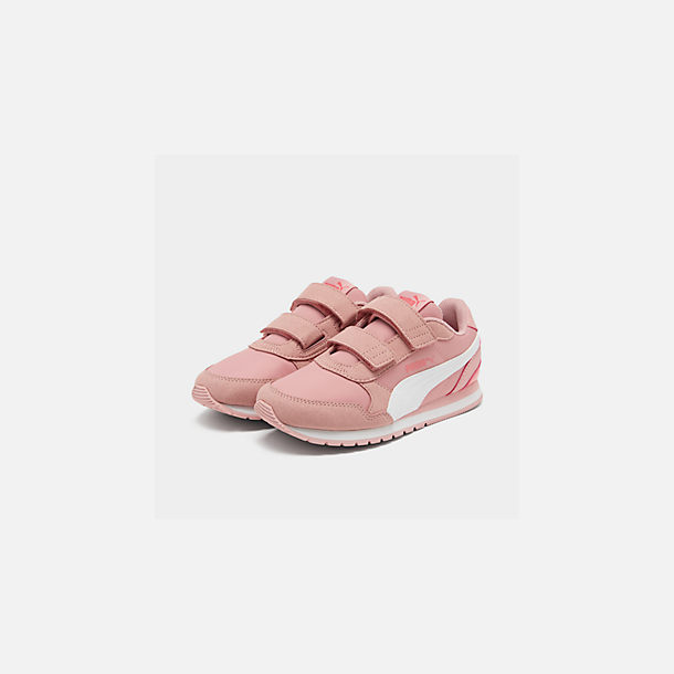 Three Quarter view of Girls' Little Kids' Puma ST Runner V2 Leather Casual Shoes in Bridal Rose/White/Calypso Coral
