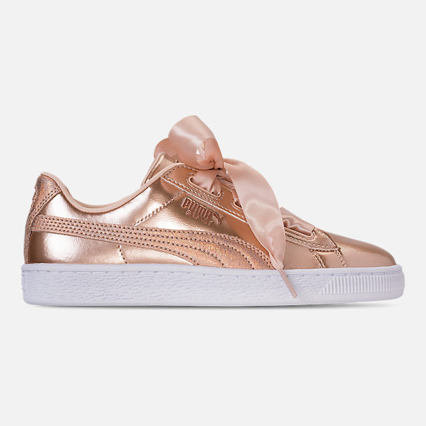 Right view of Girls' Big Kids' Puma Basket Heart LunaLux Casual Shoes in Cream Tan
