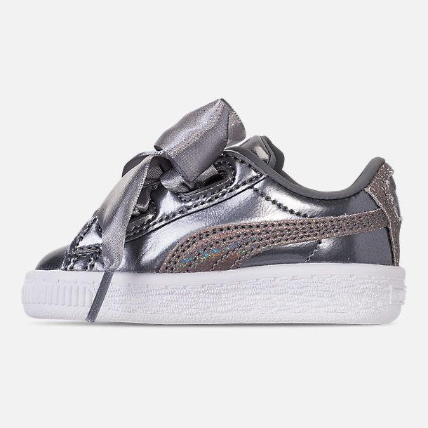 Left view of Girls' Toddler Puma Basket Heart LunaLux Casual Shoes in Smoked Pearl