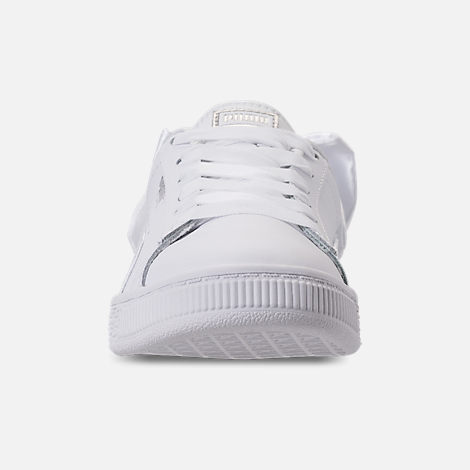 Front view of Girls' Preschool Puma Basket Bow Casual Shoes in White