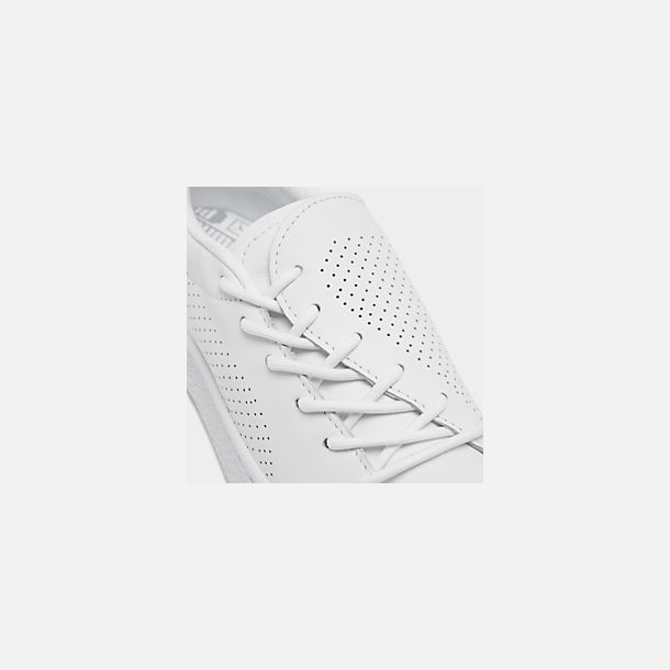 Front view of Women's Puma Basket Crush Perf Casual Shoes in White