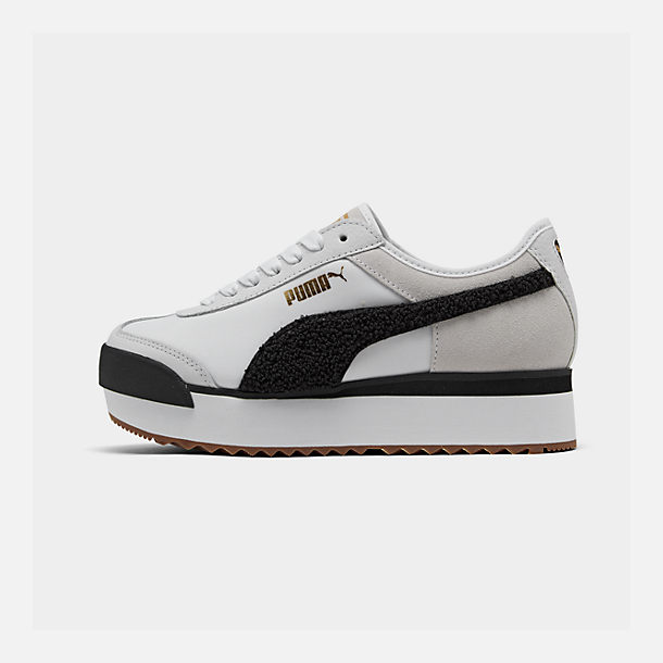 Right view of Women's Puma Roma Amor Heritage Casual Shoes in White/Black