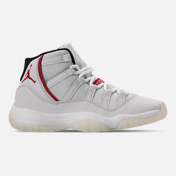 Right view of Big Kids' Air Jordan Retro 11 Basketball Shoes