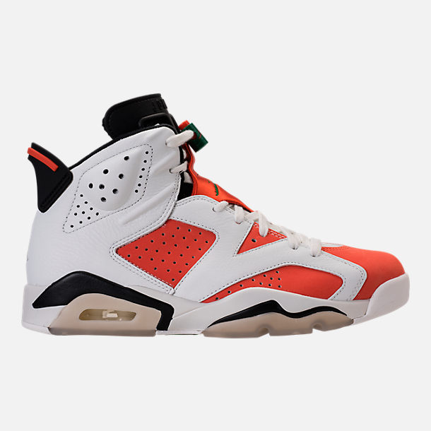 Right view of Men's Air Jordan Retro 6 Basketball Shoes in Summit White/Team Orange/Black