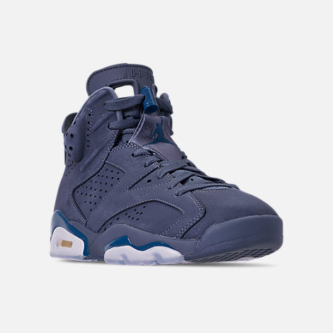 Three Quarter view of Men's Air Jordan Retro 6 Basketball Shoes in Diffused Blue/Court Blue
