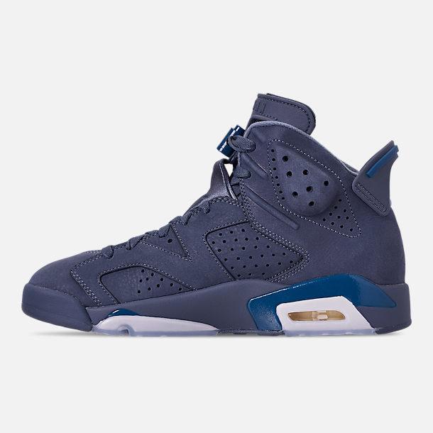 Left view of Men's Air Jordan Retro 6 Basketball Shoes in Diffused Blue/Court Blue