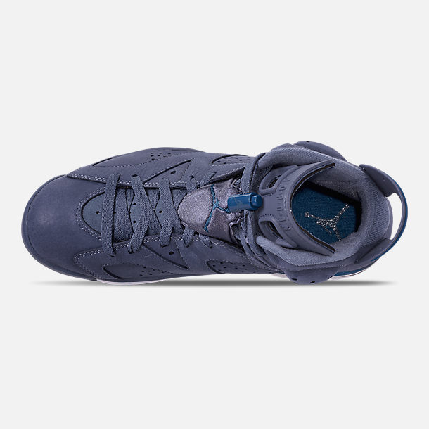 Top view of Men's Air Jordan Retro 6 Basketball Shoes in Diffused Blue/Court Blue
