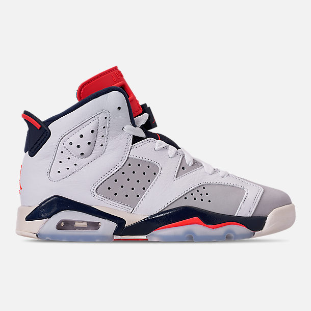 Right view of Big Kids' Air Jordan Retro 6 Basketball Shoes in White/Infrared 23/Neutral Grey/Obsidian