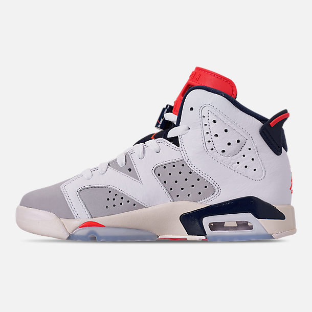 Left view of Big Kids' Air Jordan Retro 6 Basketball Shoes in White/Infrared 23/Neutral Grey/Obsidian