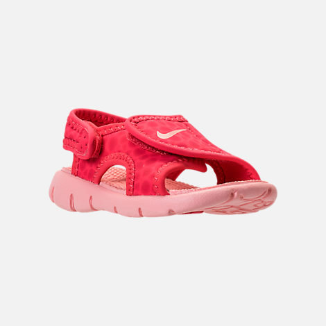 Three Quarter view of Girls' Toddler Nike Sunray Adjust 4 Sandals in Tropical Pink/Bleached Coral
