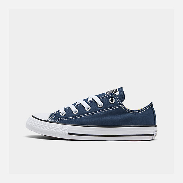 Right view of Boys' Little Kids' Converse Chuck Taylor Ox Casual Shoes in Navy