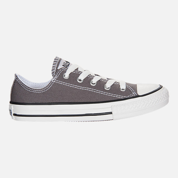 Right view of Boys' Little Kids' Converse Chuck Taylor Low Top Casual Shoes in Grey/White