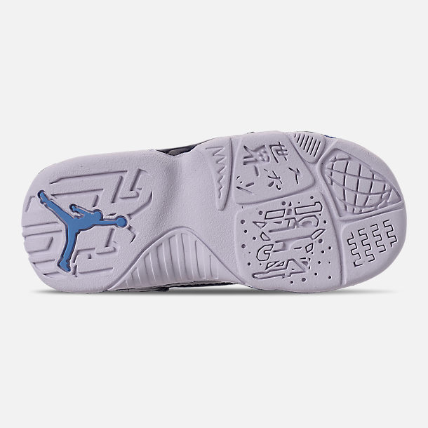 Bottom view of Kids' Toddler Air Jordan Retro 9 Basketball Shoes in White/University Blue/Midnight Navy