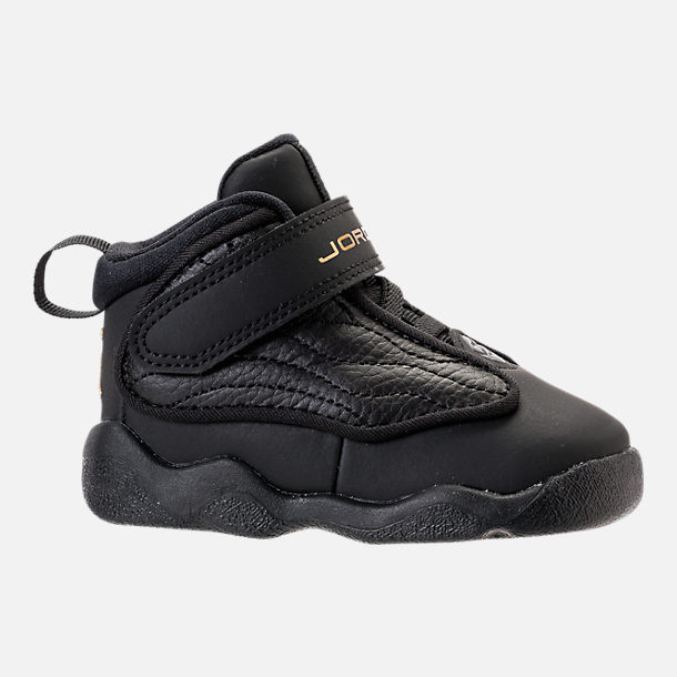 Right view of Boys' Toddler Air Jordan Pro Strong Basketball Shoes in Black/Black