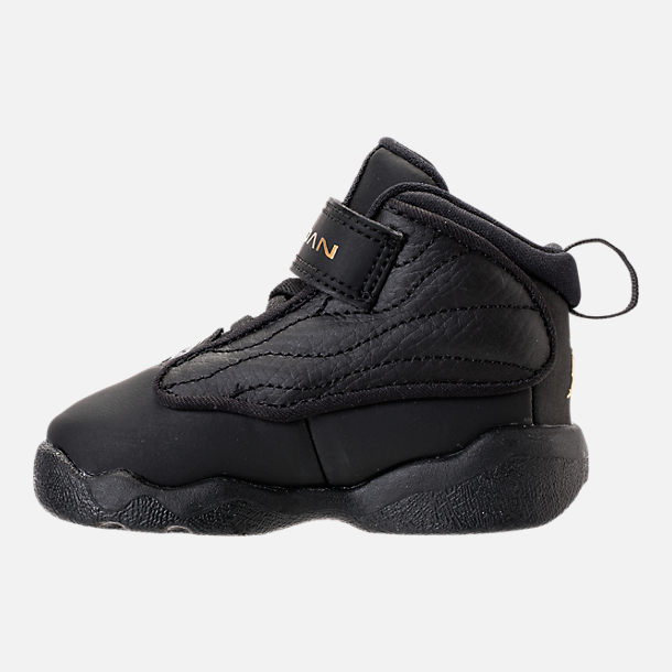Left view of Boys' Toddler Air Jordan Pro Strong Basketball Shoes in Black/Black