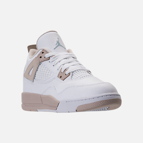 Three Quarter view of Kids' Preschool Jordan Retro 4 Basketball Shoes in White/Boarder Blue/Sand