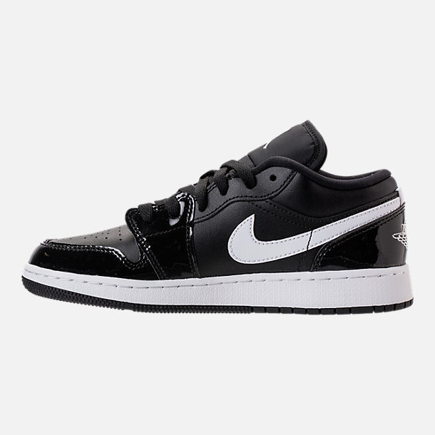 Left view of Kids' Grade School Air Jordan 1 Low Basketball Shoes in Black/White/University Red