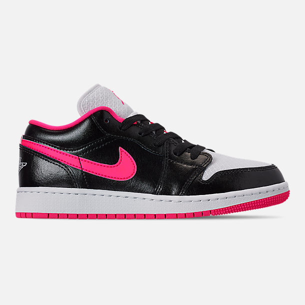 Right view of Girls' Big Kids' Air Jordan 1 Low (3.5y - 9.5y) Casual Shoes in Black/Hyper Pink/White
